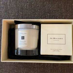 Jo Malone English Pear and Freesia Candle and Soap